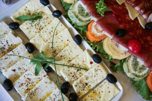 Hrana Za Proslave Restoran Campus - 006