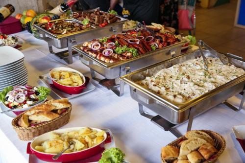 Hrana Za Proslave Restoran Campus - 005